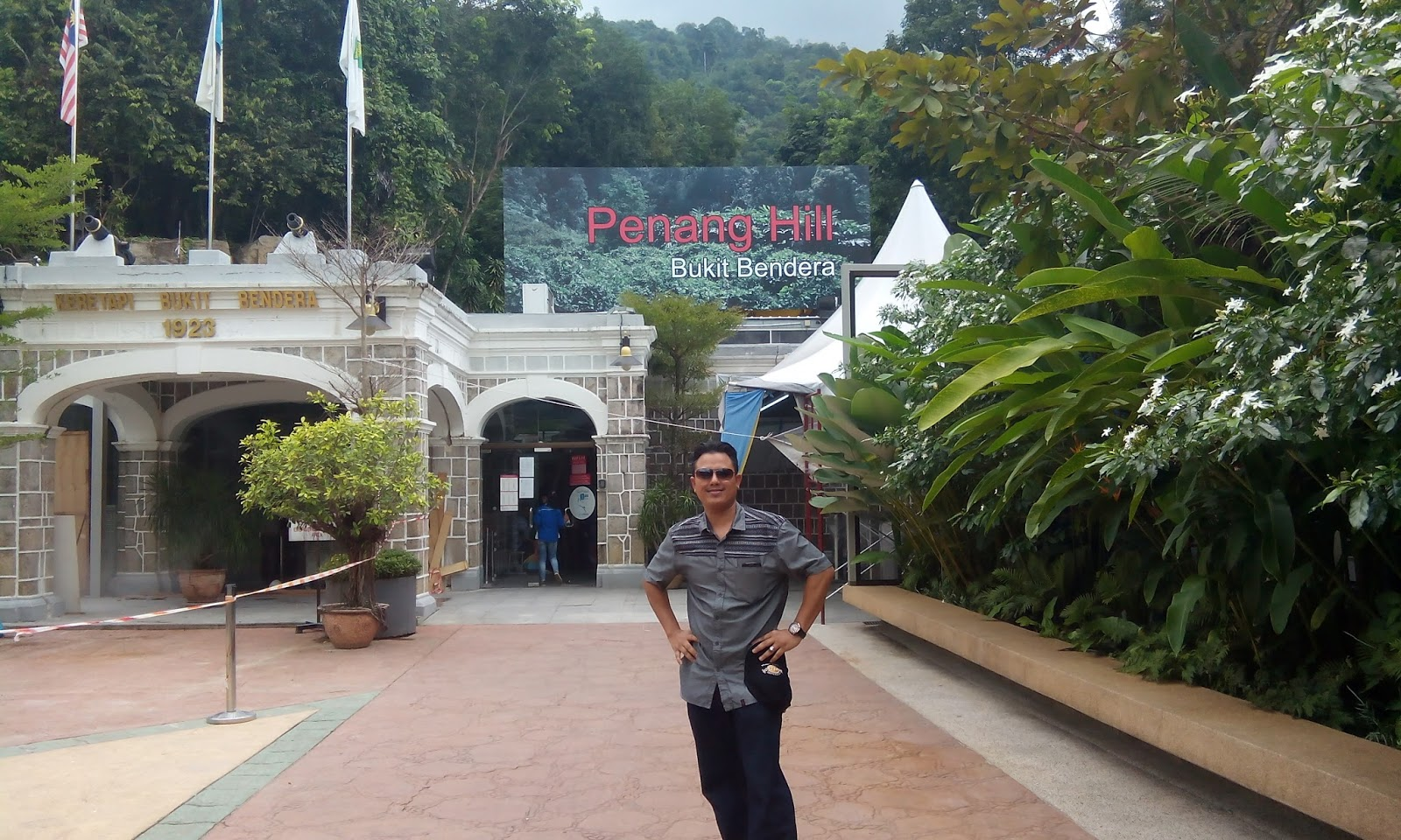pulau pinang single girls Haiim guy who stay in pulau pinang, looking girls in pinang for fun and discreet relationship last visit: to learn about internet dating safety, click here.