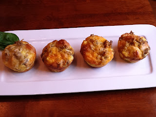 The Gourmet Country Girl: Sausage, Egg and Cheese Pull Apart Muffins