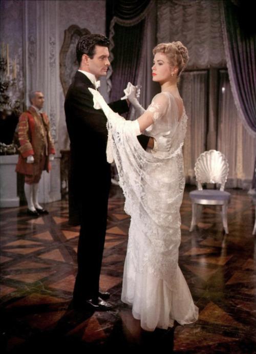 Audrey Hepburn Funny Face Wedding Dress 47 Ideal The Swan has been