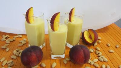 طريقة عمل عصير الخوخ والليمون, عصير الخوخ والليمون, عصير الليمون, خوخ, ليمون