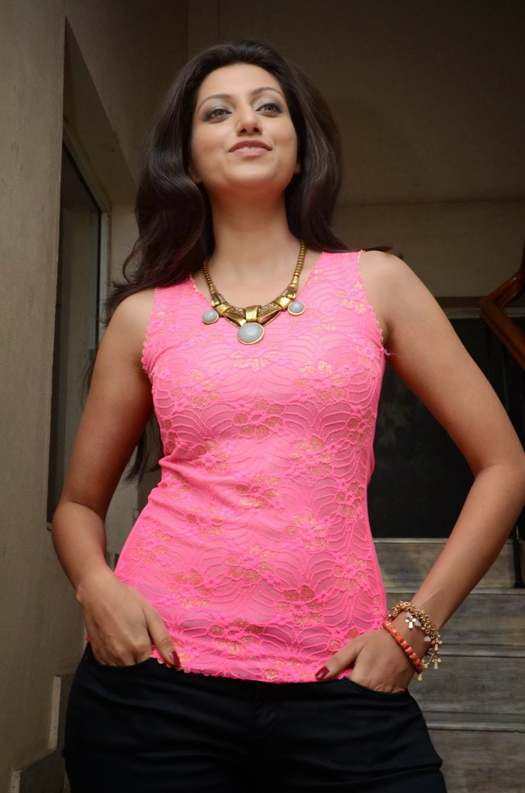 Sexy and curvy Hamsa nandini latest photo gallery in pink top