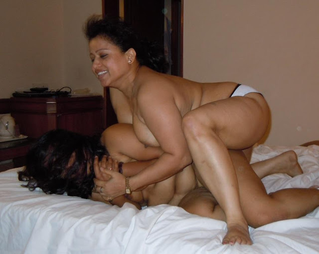 Desi lesbian Naked Aunty Photos showing boobs   nudesibhabhi.com