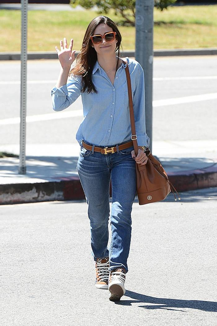 Emmy Rossum in Jeans, Stopping for some Starbucks in Los Angeles