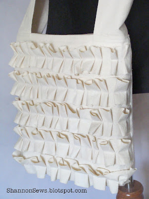 ruffled-crossbody-tote-bag-purse-sew.jpg