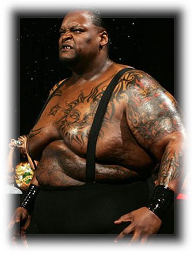 el hombre más gordo del mundo fue un luchador, uno de los luchadores más monstruosos de la WWE