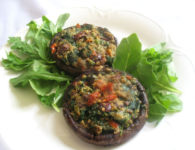 Stuffed Spinach Mushrooms with Sun-Dried Tomatoes