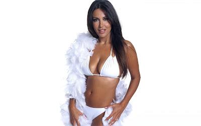 Sabrina Ferilli Bikini Wallpaper