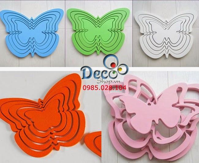 Vòng gỗ dán tường hình bướm