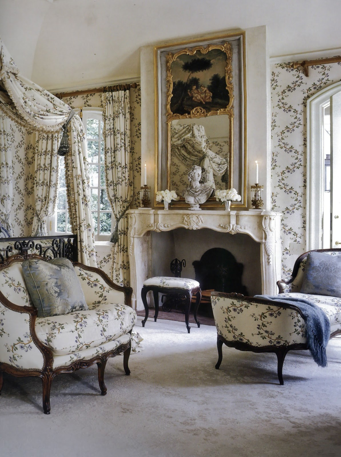 Decor chateaus mansion door french doors beautiful for French country bedroom