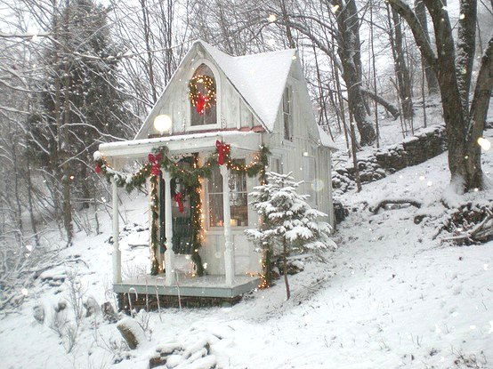 Dishfunctional Designs: Be Inspired: A Cottage Style Christmas