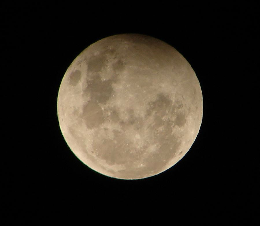 How to watch tonight's supermoon and ponder its amazing ...