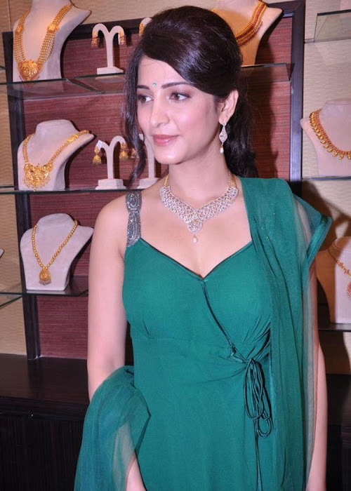 shruti haasan in sleeveless salwar spicy at malabar gold diamonds room launch cute stills