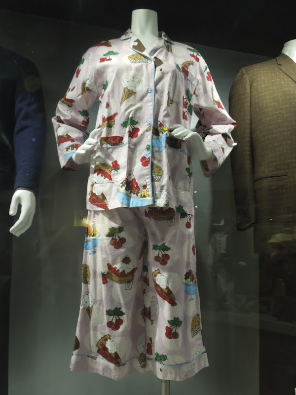 Liz Lemon 30 Rock Corporate Crush pyjamas