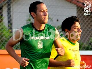 Oriente Petrolero - Mauricio Saucedo - Dennis Cabrera - DaleOoo.com página del Club Oriente Petrolero