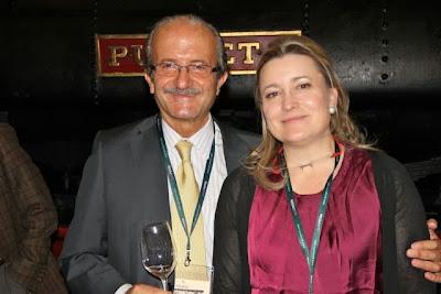 JESÚS FLORES Y Mª JOSÉ YRAVEDRA. BLOG ESTEBAN CAPDEVILA