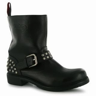 http://www.sportsdirect.com/firetrap-burton-boots-ladies-232391?colcode=23239103