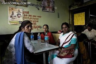 http://www.omundoreal.com.br/2013/05/a-vida-e-morte-de-prostitutas-do-sul-de.html
