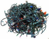 My Biggest Pains of Christmas; tangled lights ~ thequirkyconfessions.com