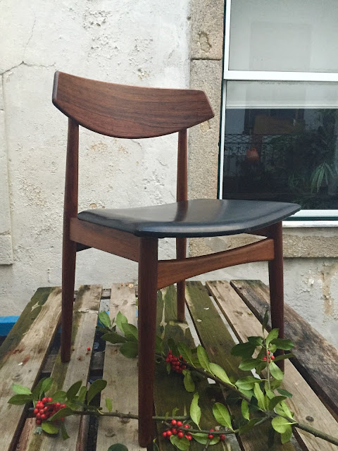 design nórdico, vintage, cadeira, pau santo