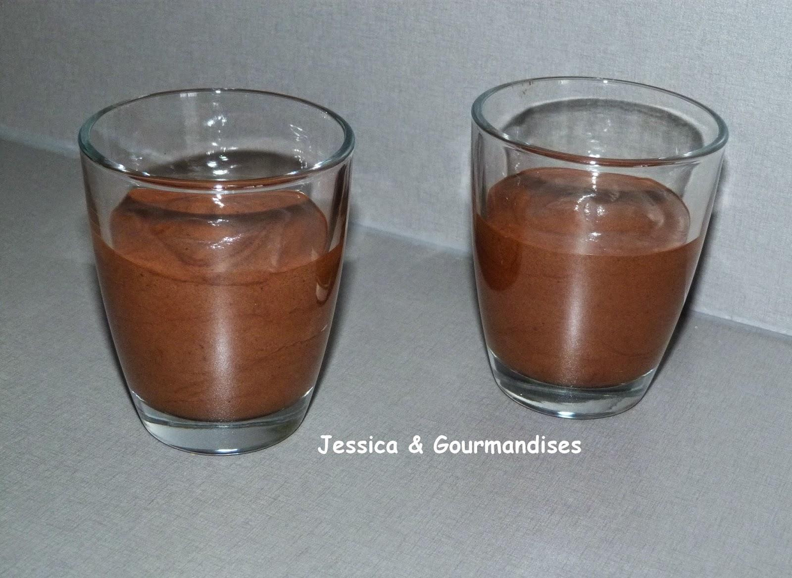 jessica gourmandises mousse au chocolat noir ultra l g re. Black Bedroom Furniture Sets. Home Design Ideas