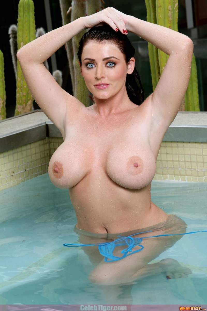 Busty+Babe+Sophie+Dee+Wet+In+Pool+Taking+Off+Her+Blue+Bikini+Posing+Naked www.CelebTiger.com 73 Busty Babe Sophie Dee Wet In Pool Taking Off Her Blue Bikini Posing Naked HQ Photos