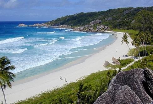 Pantai Grande Anse.jpg