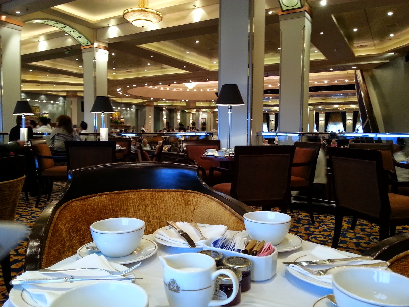Queen Mary 2 (QM2) - Afternoon Tea in the Queens Room