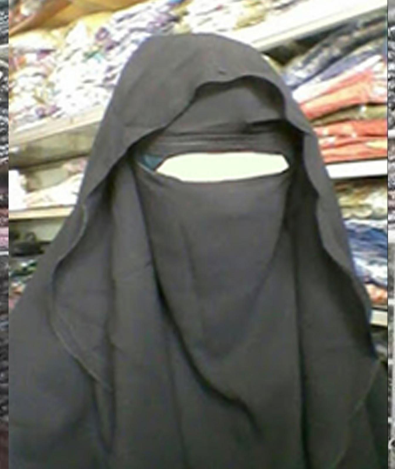 Jilbab Muslimah Cantik: Busana Ihram Elzatta