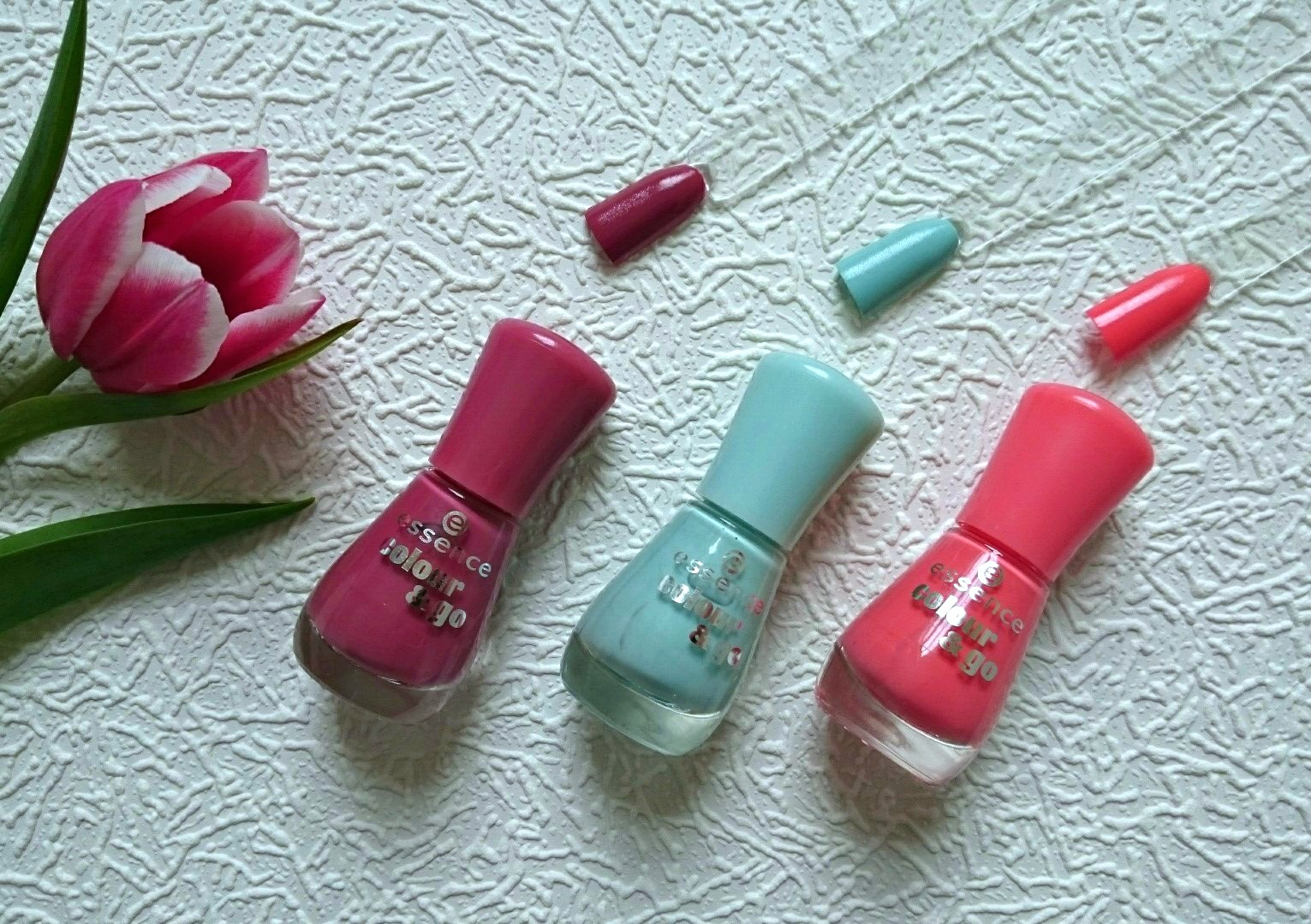 Spring nail polishes