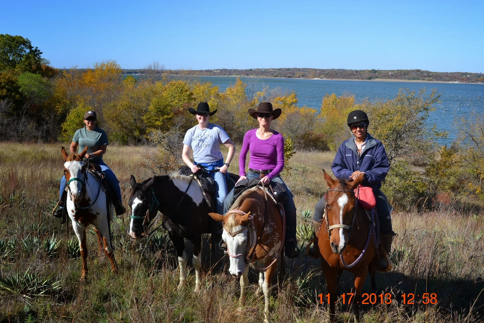2013-Look at them cowgirls in Texas!