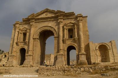 Arco de Adriano Jerash - Viaje a Jordania