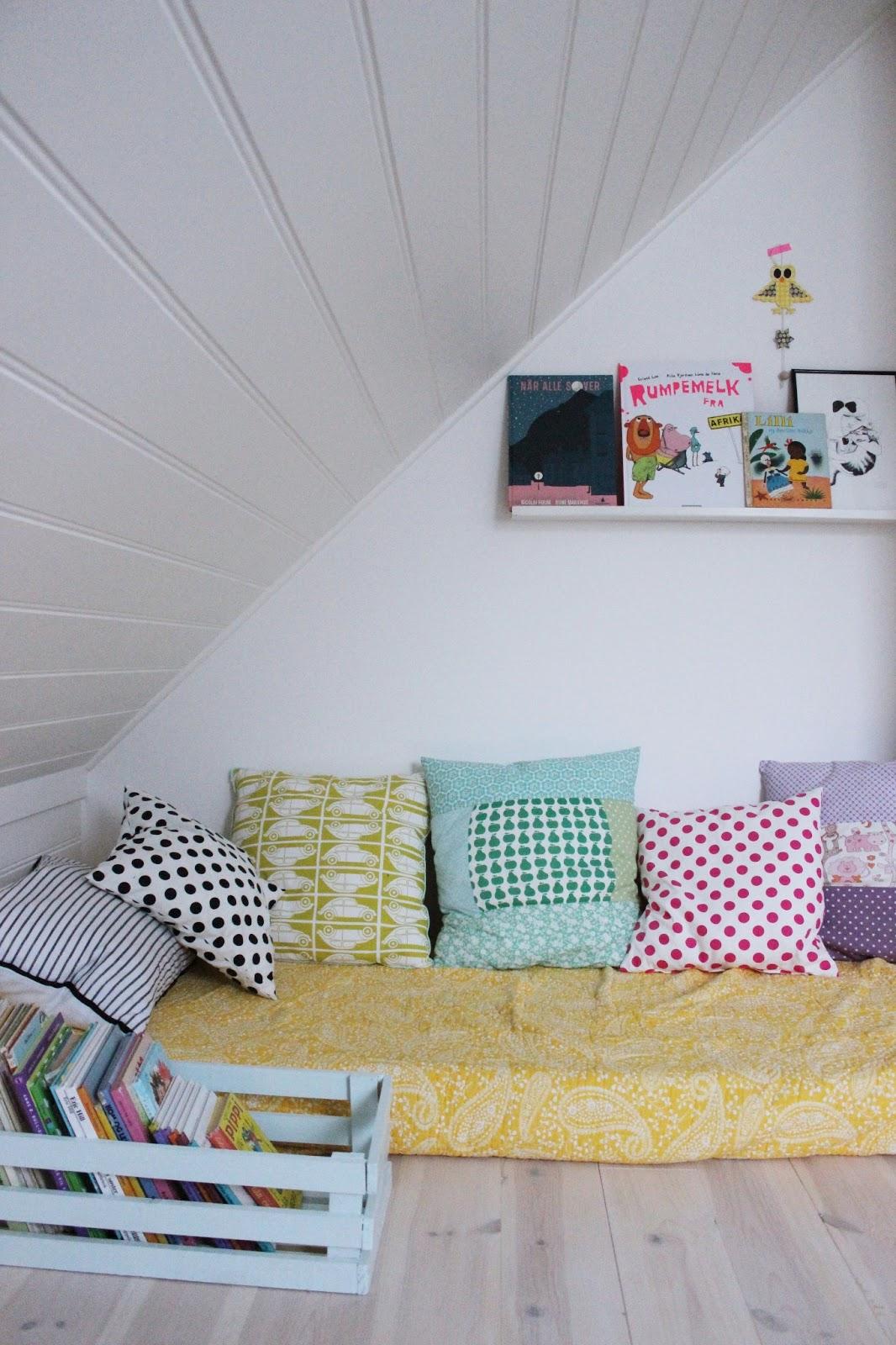 m belp bel lesekrok. Black Bedroom Furniture Sets. Home Design Ideas