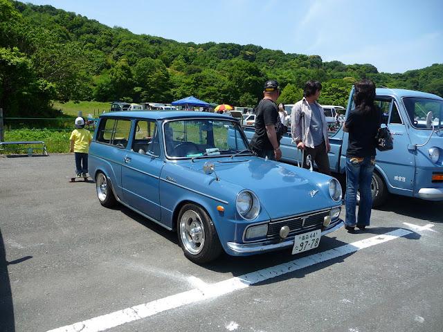 Toyota Publica stary japoński samochód oldschool klasyk