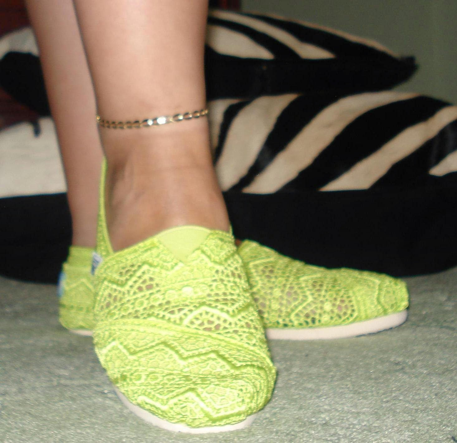 Classic Crochet Slip On TOMS