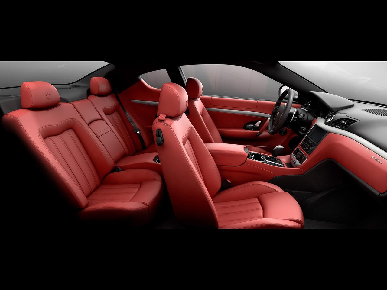 Maserati GranTurismo Interior