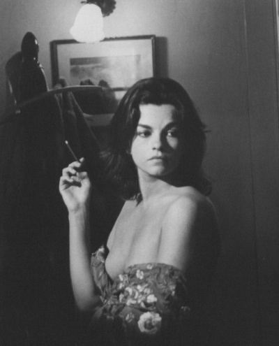 Genevieve bujold nude images 33