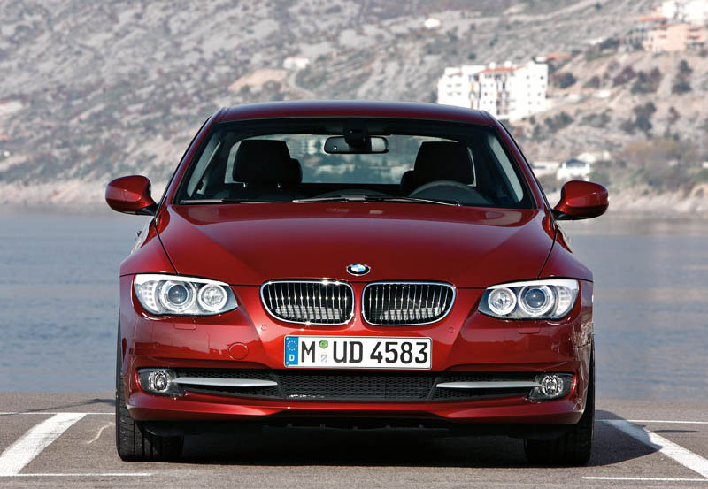 bmw 3 series coupe 2011 bmw 3 series convertible. Black Bedroom Furniture Sets. Home Design Ideas