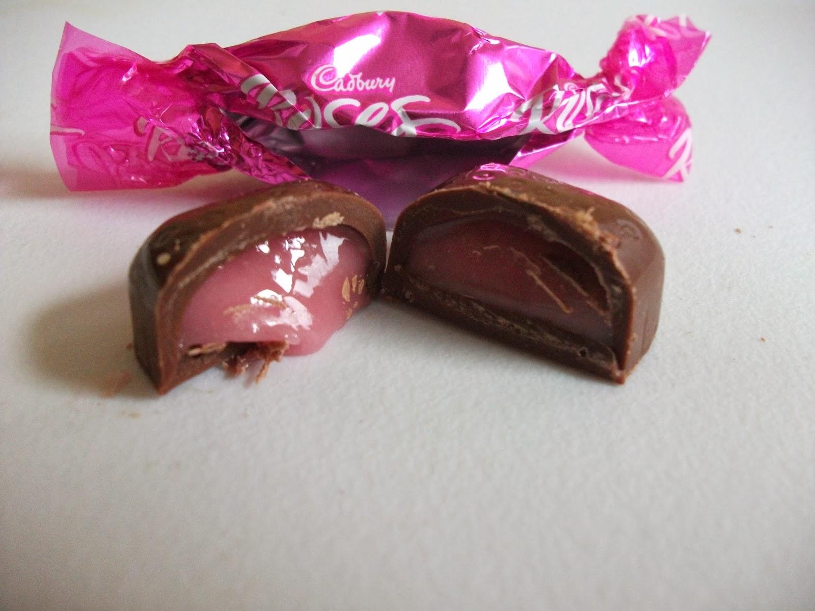 http://2.bp.blogspot.com/-PPDrG1bTESM/UoFNjrD8PKI/AAAAAAAAFMM/lRbDASr7IsA/s1600/cadbury+roses+strawberry+dream.JPG