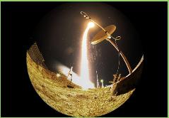 Nave espacial Soyuz se acopla a Estación Espacial Internacional