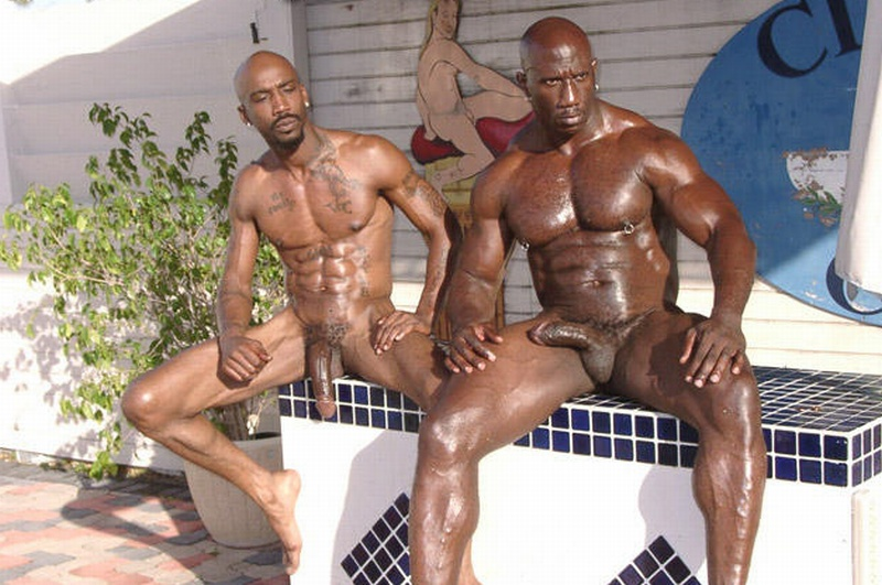 piscina dominación gay