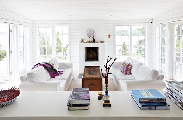 skandinavische Einrichtung im Sommerhaus