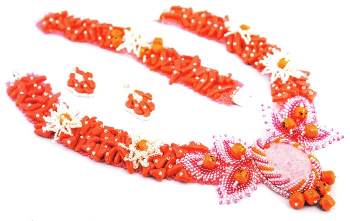 Гарнитур из бисера. Beaded Necklace