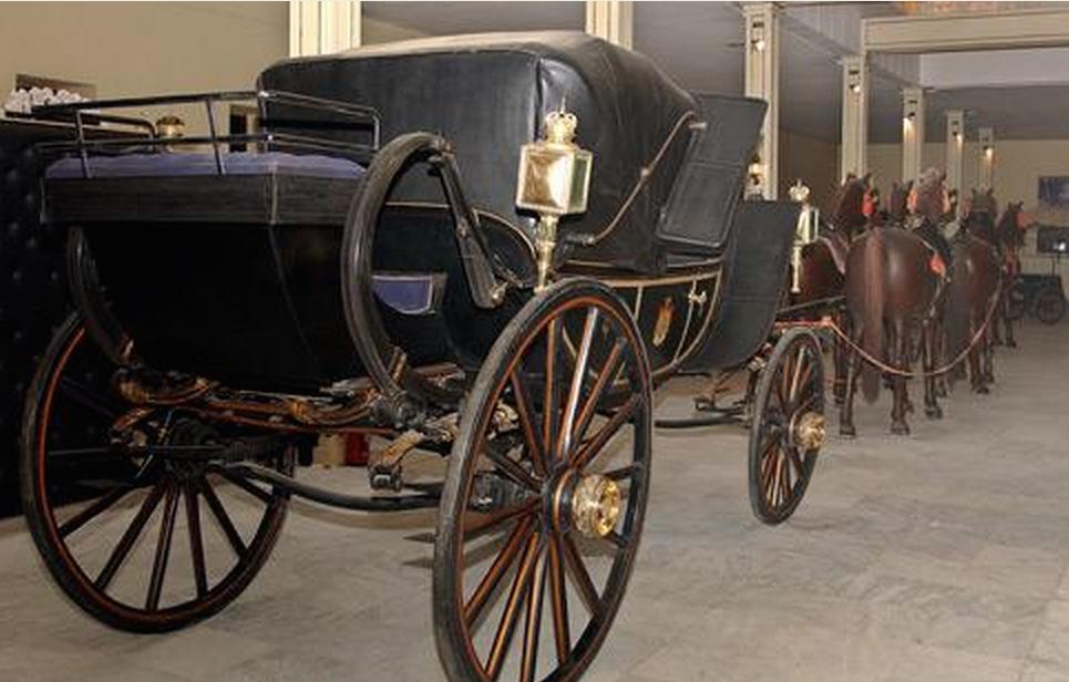 carrosse offert en 1869 au khedive ismail
