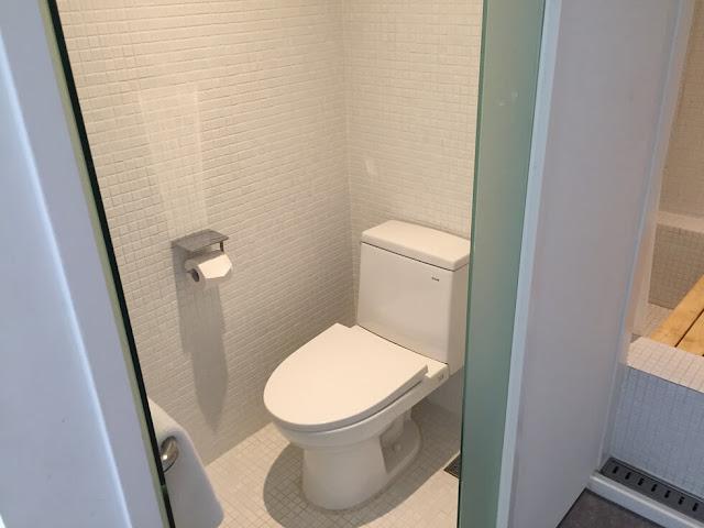 首爾小房子大門飯店 (Small House Big Door) - 廁所