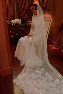 cantik baju pengantin Rizalman warna putih untuk akad nikah putih ala