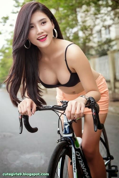 naked breast sex göteborg