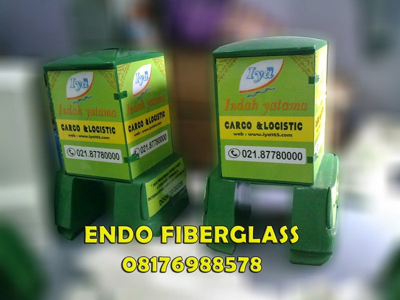 Box Motor Delivery Fiberglass