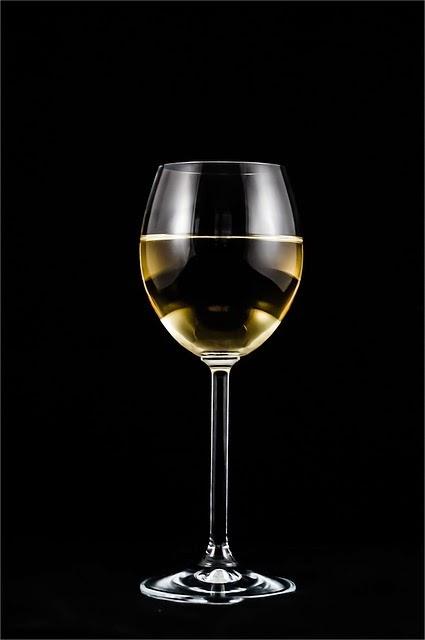 Imagenes sin copyright copa de vino blanco for Copa vino blanco