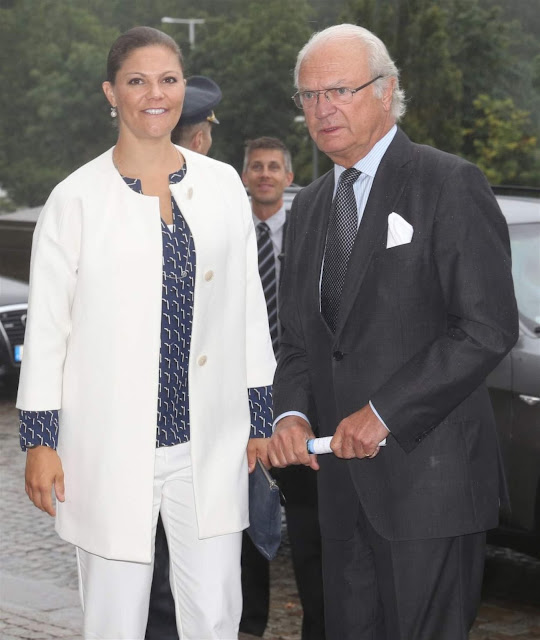 King Carl Gustaf and Crown Princess Victoria attended a conference on the Large Parks in Large Cities