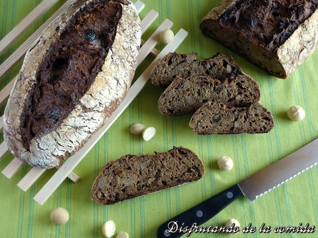 Pan de Ciruelas y Nueces de Macadamia